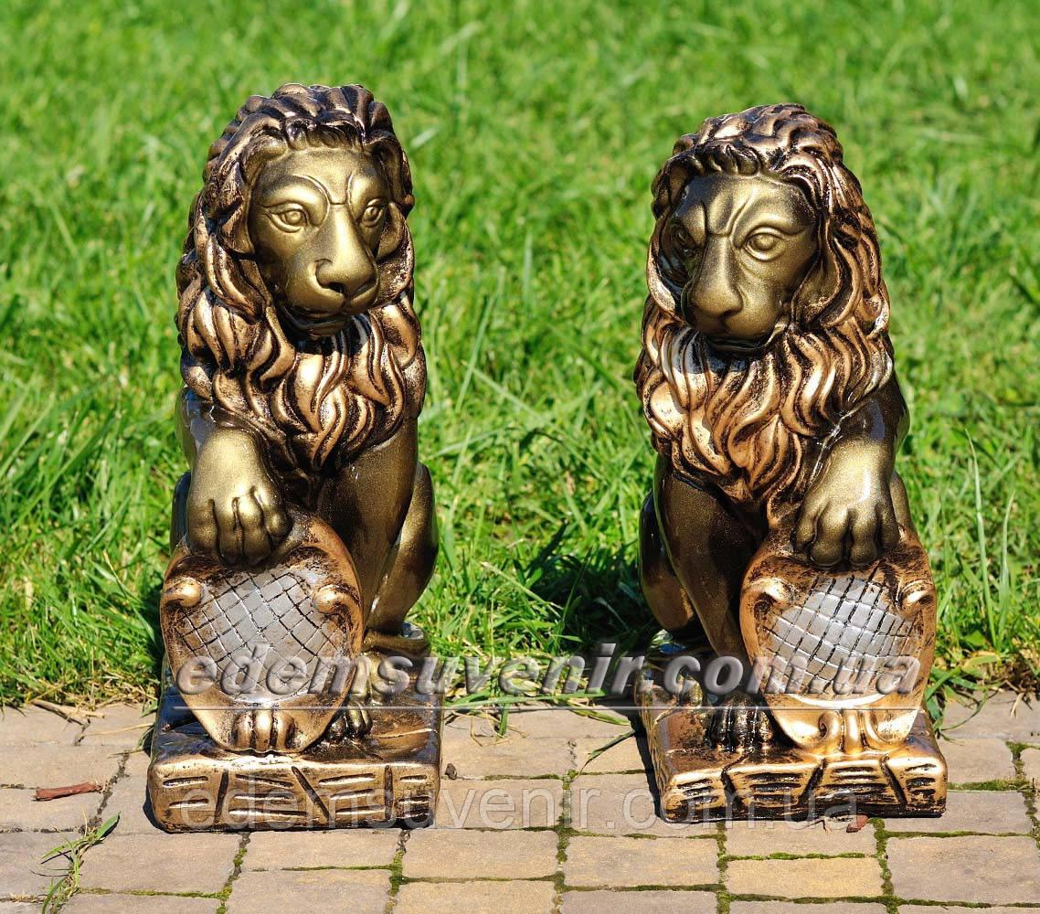 Садовая фигура Лев с правым и Лев с левым щитом малые
