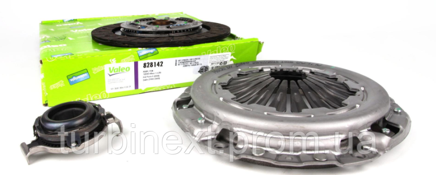 Комплект зчеплення VALEO 828142 Fiat Doblo 1.3 D Multijet 10- (d=220mm)