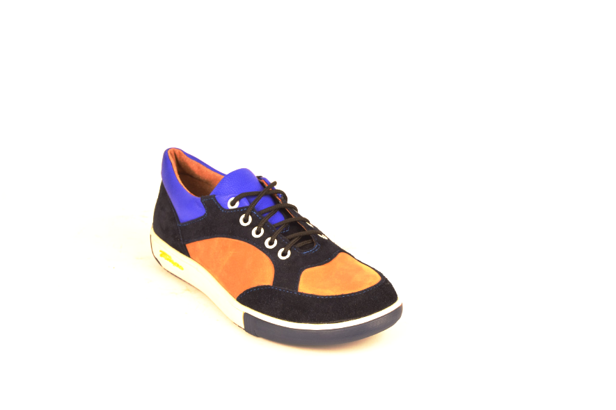 Кросівки підліткові натуральна шкіра зі вставками із замші від виробника KARMEN