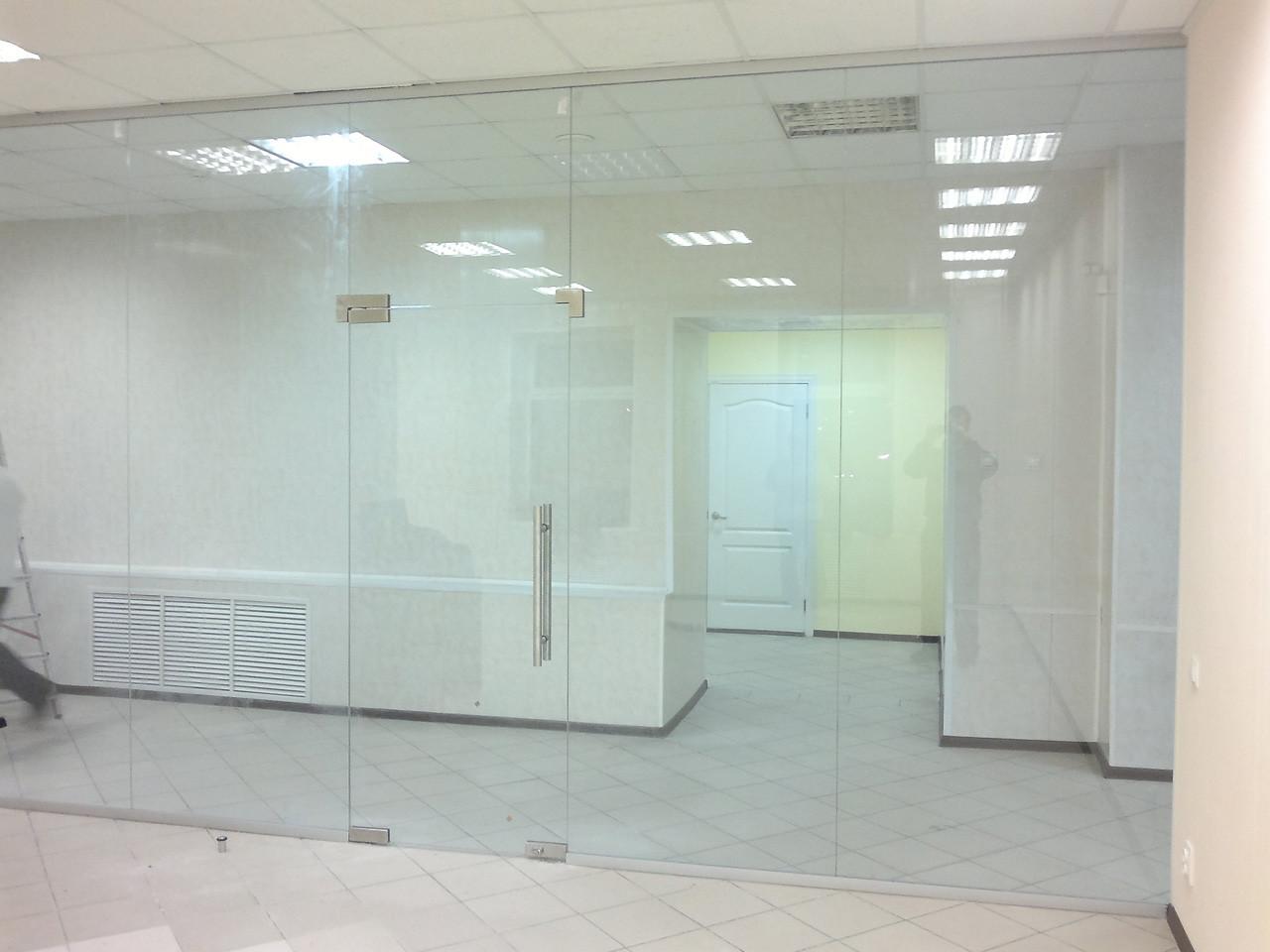 Стеклянные офисные перегородки прозрачные