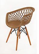 Крісло пластикове на дерев'яних ніжках Viko, беж