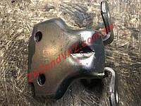 Петля передней двери левая нижняя T2A Ланос Lanos Сенс Sens Корея 96224311