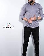 Чоловіча сорочка світло-сірого кольору