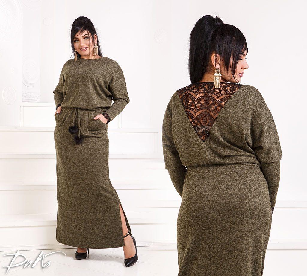 Платье батал с гипюром на спине