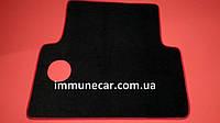 Средний автомобильный велюровый коврик на шахту MAN Comandor красный