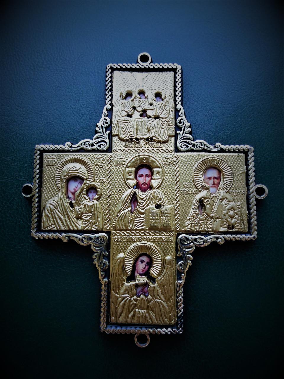 Крест-оберег с ликами святых в автомобиль
