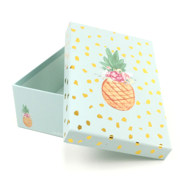 Мятная подарочная коробка Ананасик 17 x 10.5 x 6 см