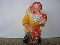 Фигурка Гном с грибами м. 42 см.