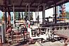 НАСОСНЫЕ СТАНЦИИ СКЛАДА ГСМ И ИХ ЭКСПЛУАТАЦИЯ  Общие сведения об устройстве  Насосные станции являются важными объектами склада ГСМ. Они предназначены для внутрискладских перекачек нефтепродуктов по технологическим трубопроводам из одной группы резервуаров в другую, для налива и слива железнодорожных и автомобильных цистерн и наливных судов. Насосные станции могут быть передвижными и стационарными