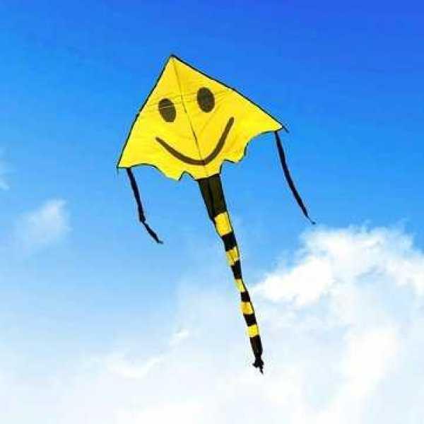 Воздушный змей со смайликом (желтый)