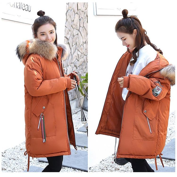 Молодёжная стильная зимняя коричневая куртка парка с манжетом капюшон с цветным мехом