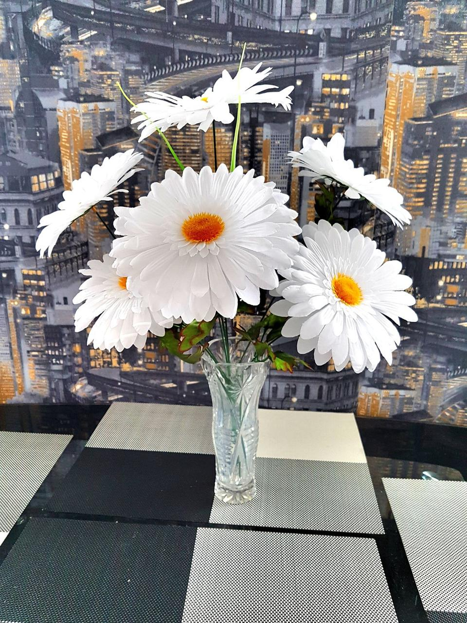 Букет ромашки белая на 7 голов N210 (10 шт./ уп.) Искусственные цветы оптом