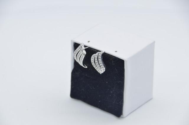 Серебряные серьги Волна 925 пробы, серьги из стерлингового серебра, серьги с камнем кубический цирконий