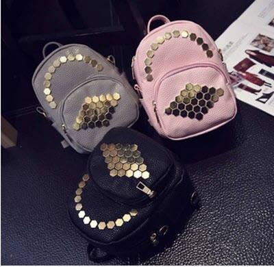 98ff528c9c68 Стильный мини-рюкзак с заклепками сотами от интернет-магазина Days-Trend