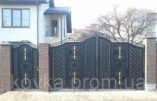 Металлические распашные въездные ворота с калиткой, код: К-0124