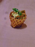 Шкатулка - яблоко металлическое