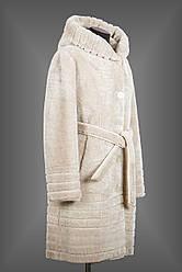 Длинная женская мутоновая шуба белая из Бобрика с капюшоном и поясом