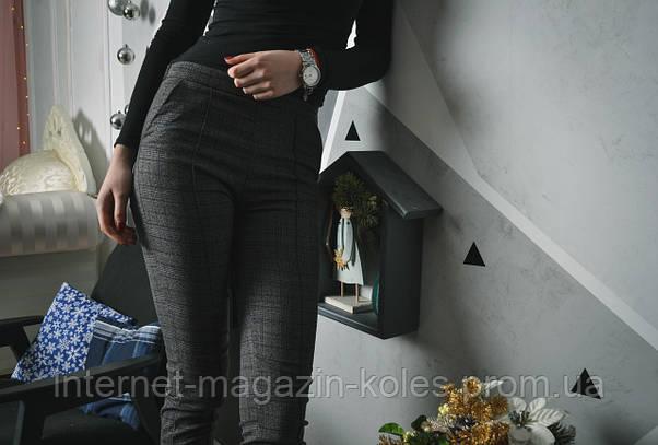 Классические женские брюки в клетку с манжетом, фото 3