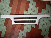 Решетка радиатора Юджин  1028