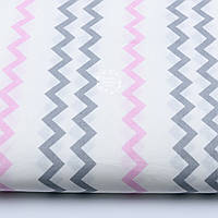 Польская хлопковая ткань с тонким серо-розовым зигзагом (№ 642а)