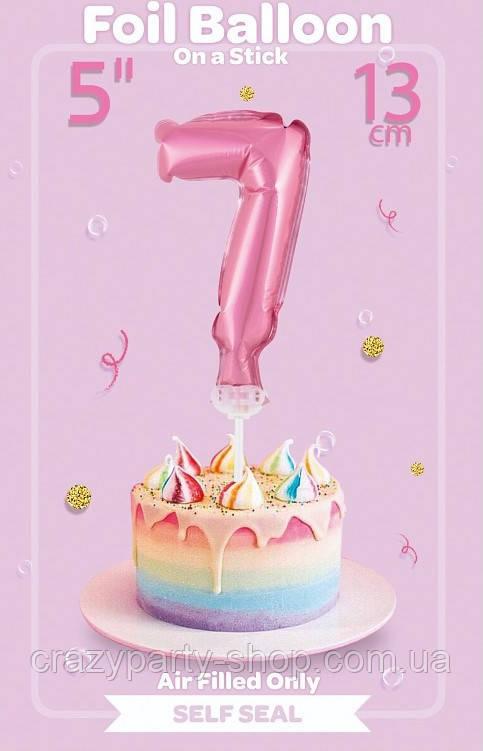 Шарик фольгированный на палочке цифра 7 розовая