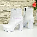 Ботинки женские белые на тракторной белой подошве, натуральная кожа. Демисезон, фото 3