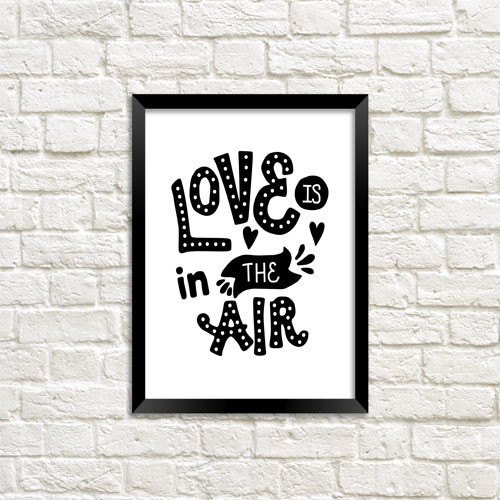 Постер в рамке Love is in the air А5 (MT5_19L022)