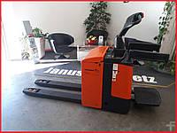Электрический штабелер, электротележка с подножкой Jungheinrich ERE120, 2010 г., 2т.