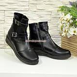 Жіночі демісезонні черевики на товстій підошві, декоровані ремінцями., фото 4