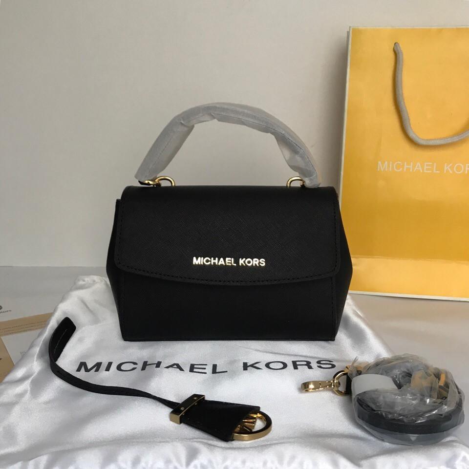 7e8241ab0943 Сумка, клатч, Майкл Корс Michael Kors Ava 18 см, кожаная, цвет черный