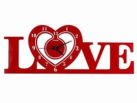 Часы Настенные Фигурные (60х22х5 см) Дерево. Famille Amou. Семейные LOVE. Красные