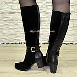 Женские замшевые сапоги на невысоком устойчивом каблуке. Батал., фото 2
