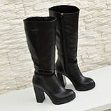 Жіночі демісезонні шкіряні чоботи на високих підборах, декоровані вставками з лакової шкіри і замші., фото 4