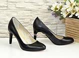 Женские классические кожаные черные туфли на шпильке! , фото 3