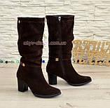 Сапоги коричневые женские демисезонные замшевые на устойчивом невысоком каблуке, фото 2