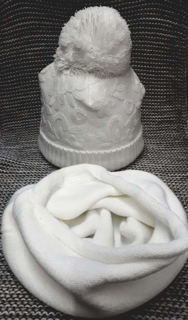Шапка с хомутом детская  на девочку зима белого цвета MAGROF (Польша) размер 44 46