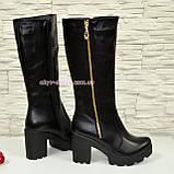 Сапоги кожаные черные женские демисезонные на устойчивом каблуке, декорированы молнией, фото 3