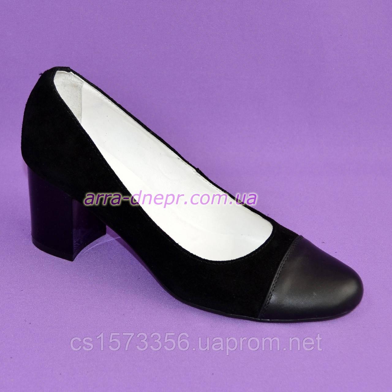 Женские черные туфли из натуральной замши и кожи, на невысоком устойчивом каблуке