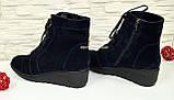 Черевики сині жіночі замшеві чоботи на невисокій танкетці, фото 3