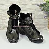 Стильные женские серые ботинки демисезонные на низком ходу, фото 4