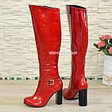 Высокие демисезонные лаковые сапоги на устойчивом каблуке, фото 9