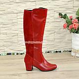 Сапоги женские демисезонные на невысоком каблуке, из натуральной кожи и замши красного цвета, фото 2
