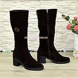 Сапоги замшевые женские демисезонные на невысоком каблуке, из натуральной замши коричневого цвета , фото 3