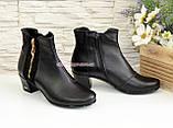 Женские ботинки на невысоком каблуке, из натуральной кожи и замши черного цвета, фото 4