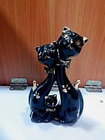 Статуэтка  Семья - Котики с котенком  16 см