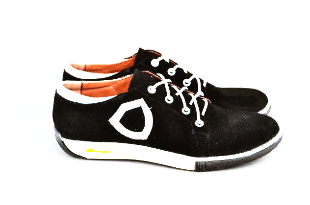 Кроссовки женские замша черно-белые шнуровка от производителя KARMEN