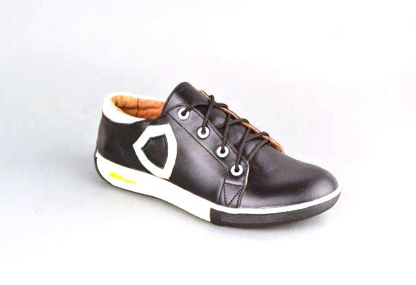 Кросівки жіночі натуральна шкіра від виробника KARMEN