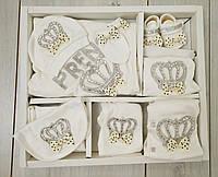 Набор на выписку из роддома весна-лето для новорожденных  Плед с одеждой  10 предметов в коробке Турция