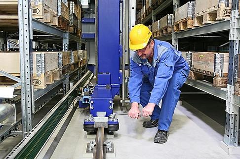 Инспекция складского оборудования