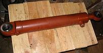 Гидроцилиндр поворота руля 125х60х710